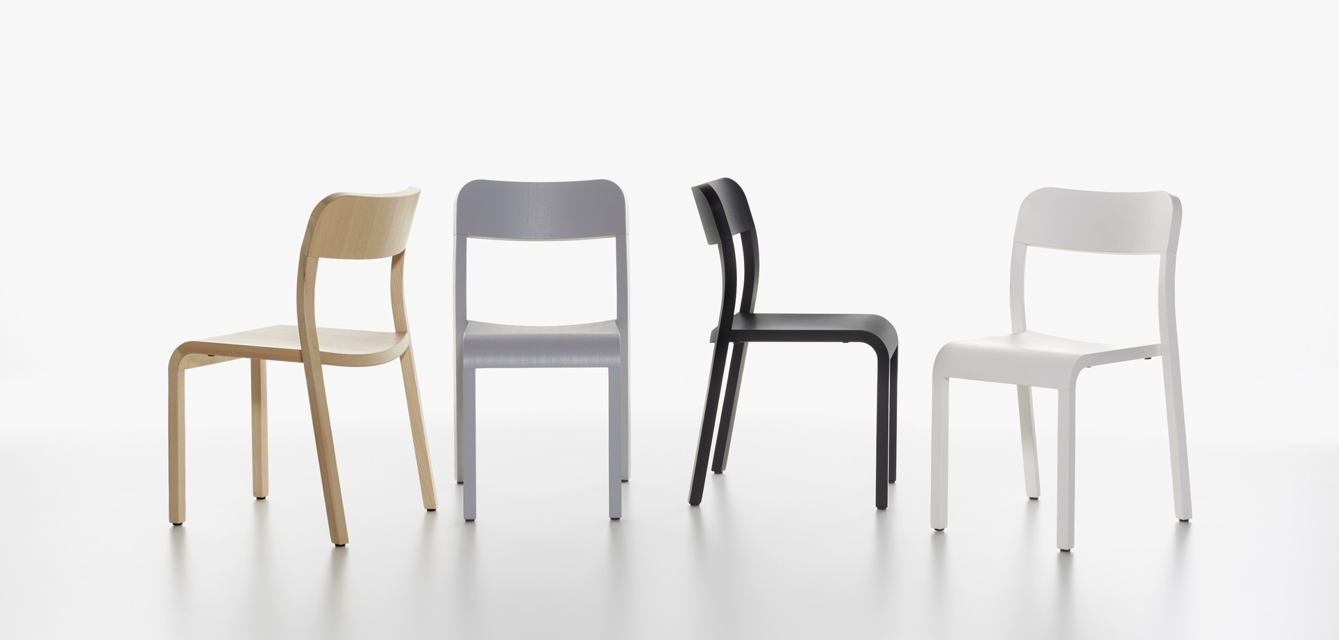 Plank - BLOCCO chair in the colors ash natural, grey, black and white.