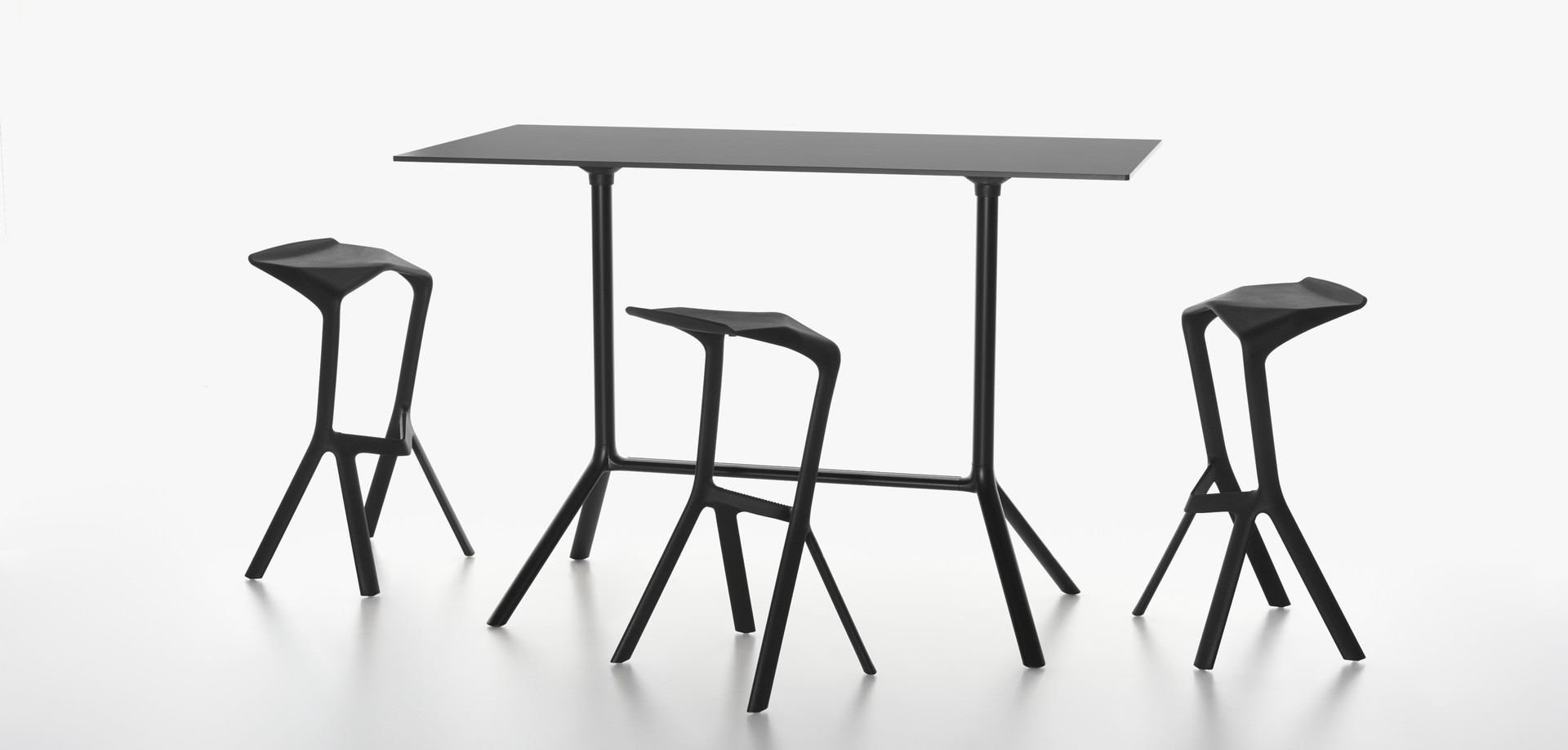 PLANK - MIURA stool, black and MIURA table, black